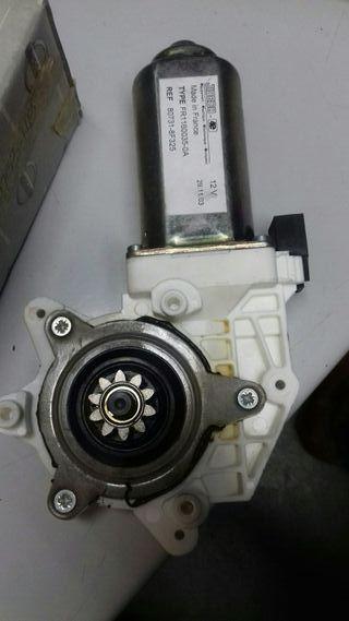 motor elevalunas del iz terrano 2 y ford maverik.