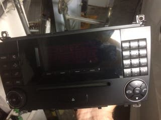 Radio mercedes c220 2005