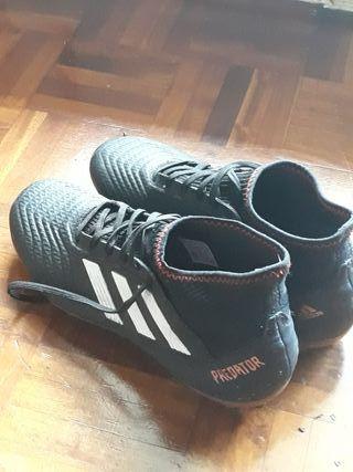 Botines de futbol Adidas Predator