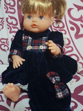 Vestido para muñeca nenuca o similar
