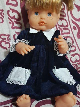 Vestido para muñeca nenuco o similar