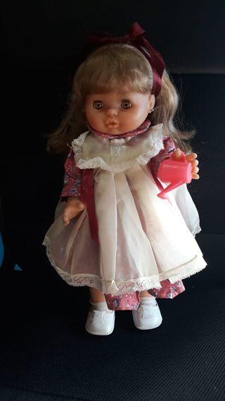 Vestido para muñeca María de famosa o similar