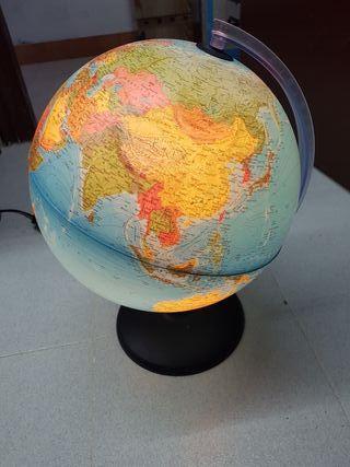 Lámpara mundo