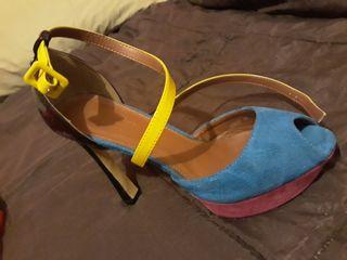 Zapatos mujer. un par de usos