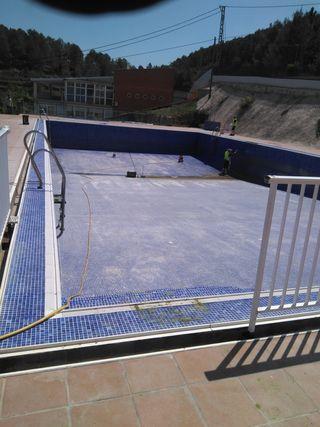 Piscina de segunda mano en la provincia de castell n en wallapop - Escalera piscina segunda mano ...