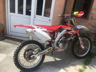 moto de cross Honda crf 250cc 4t año2005