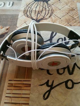 cascos de música nuevos