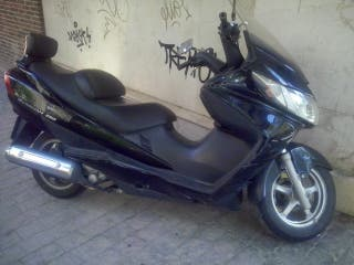 MOTO Suzuki Burgman 250