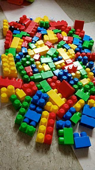 Juego Mega Blocks 120 piezas + REGALO caja blocks