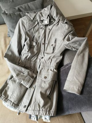 Chaquetón polipiel gris