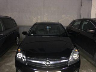 Opel Astra gtc 2008 negro