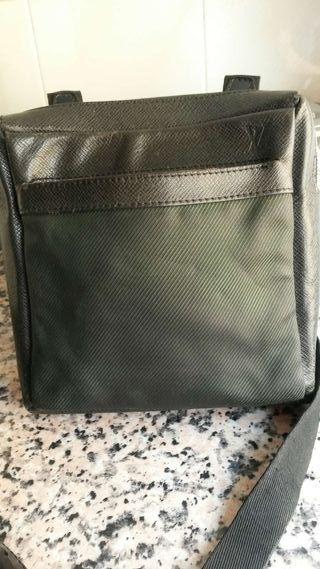 3b0b21a85 Bolso Louis Vuitton de segunda mano en Málaga en WALLAPOP
