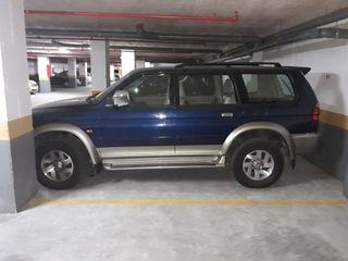 Mitsubishi Montero Sport AÑO 2000
