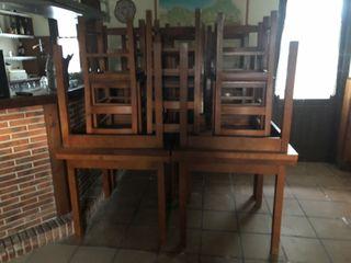 Mesas y sillas de restaurante