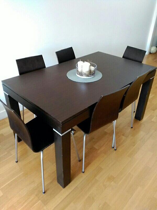 Mesa comedor madera extensible + 8 sillas apilable de segunda mano ...