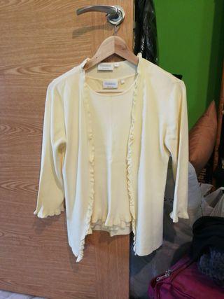 conjunto camiseta y chaqueta C&A talla S