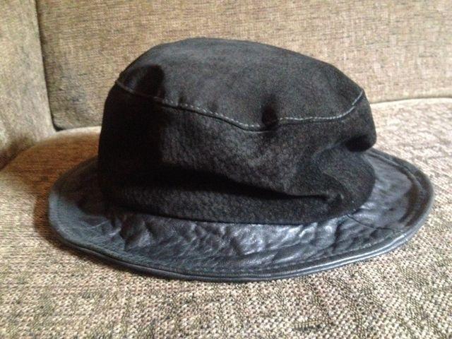 Sombrero mujer de segunda mano por 8 € en Barcelona en WALLAPOP a8b815e2cb8