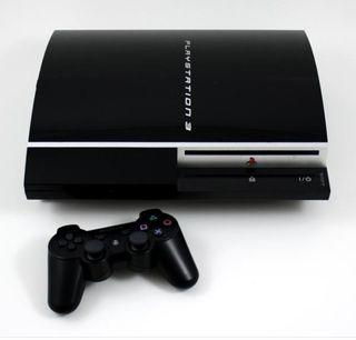 Sony PlayStation3 + dos mandos