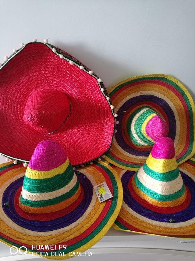gorros mexicanos carnaval de segunda mano por 1 5 en portugalete