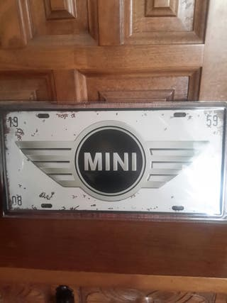 Cartel de chapa troquelado de Mini