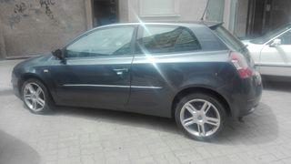 venta urgente !¡Fiat Stilo 1.9 JTD 2004