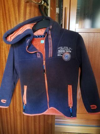 chaqueta invierno niño talla 4-5.