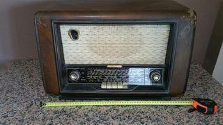 Radio antigua Schneider