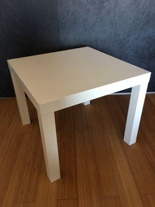 Mesa auxiliar blanca ikea de segunda mano por 4 en valencia en wallapop - Ikea mesa lack blanca ...
