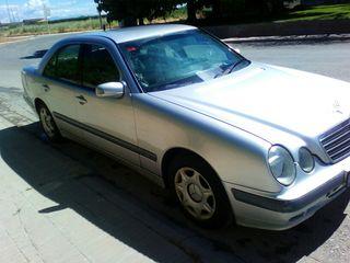 Mercedes-Benz Clase E 2.2 cdi año 2000