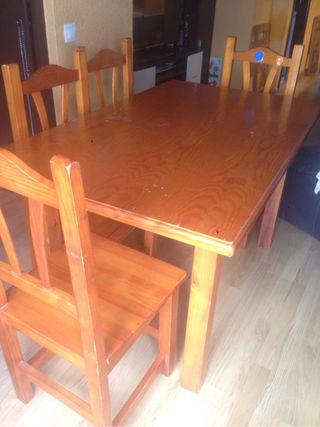 Mesa madera maciza sillas