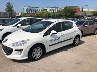 Vendo coche Peugeot 308 5P CONF HDI9 Blanco