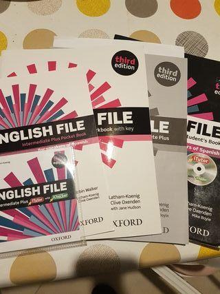 English File Intermediate Plus Pocket Book 3th edi