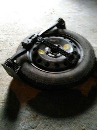 rueda de repuesto bmw compact 320
