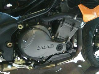 motor benelli tnt899s