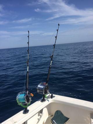 Salidas de pesca deportiva.