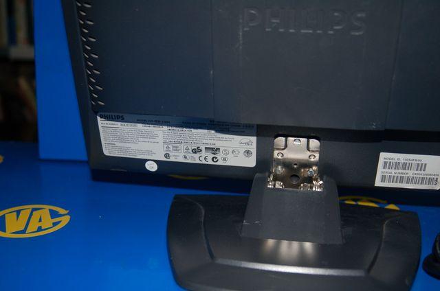 Pantalla monitor PHILIPS modelo 150S4 buen estado