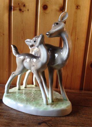 Ciervos de porcelana