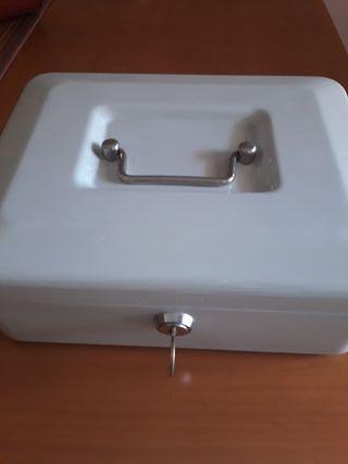 caja fuerte pequeña portatil