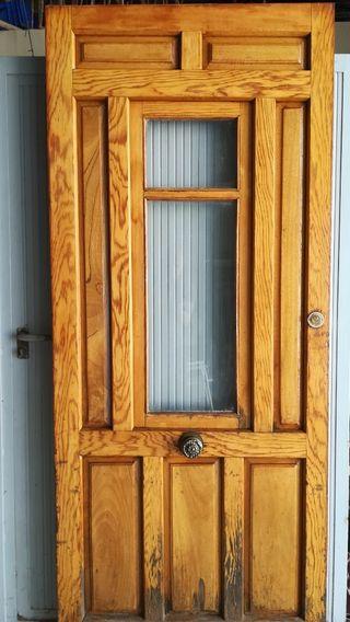 Puertas de madera viejas de segunda mano en wallapop for Puertas de madera exterior de segunda mano