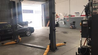 Maquinaria taller de coches