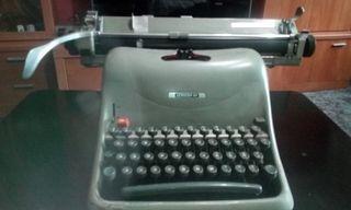 vendo maquina de escribir marca hispano olivetti