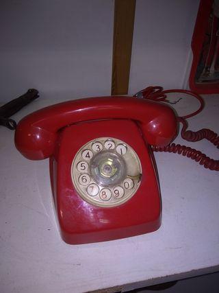 teléfono antiguo de rueda