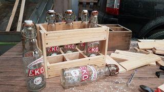 Caja de gaseosas para decoracion