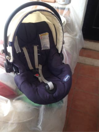 Baby car seat -Chicco