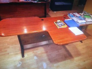 Mesa doble de oficina de mader