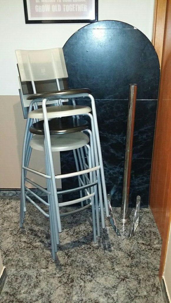 Barra cocina ikea con 4 taburetes. Mesa alta. de segunda mano por 65 ...