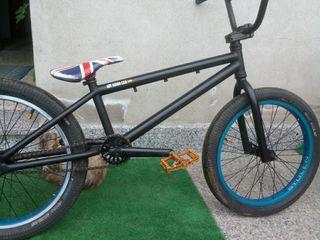 despiece bici bmx stolen impoluta