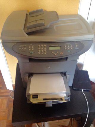 Impresora hp laser Jet 330