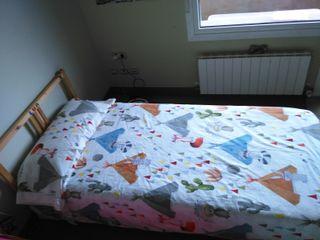 Dos camas de noventa.