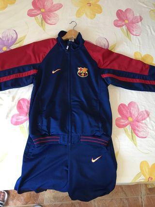 Chandal del FC Barcelona de segunda mano en WALLAPOP 8cb4b1951d2
